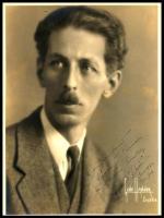 E. Robert Schmitz