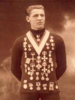 Roald Larsen