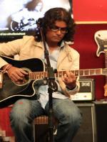 Asif Sinan While performing