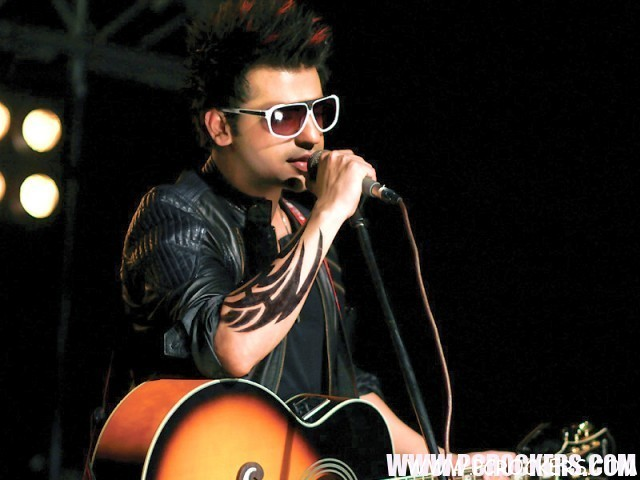 Farhan Saeed Stage Performance