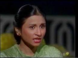 Nayyara Noor Stage performance