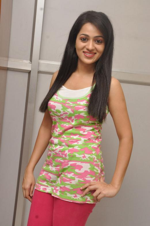 Reshma HD Photo