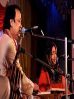 Bhupinder Singh While Performing