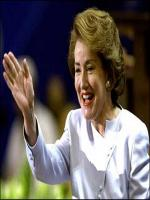 Elizabeth Dole in action
