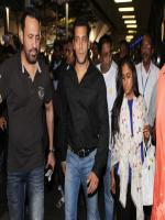 Salman with his Sister Arpita in Duabi