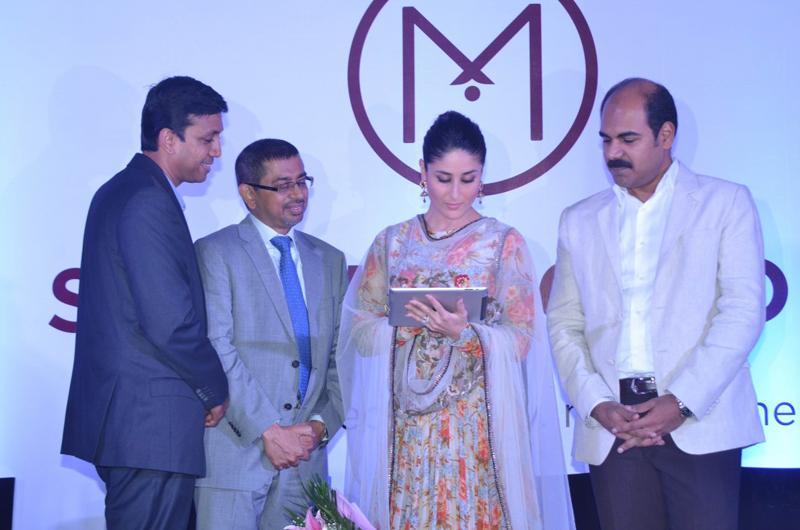 Kareena Kapoor Group Pic