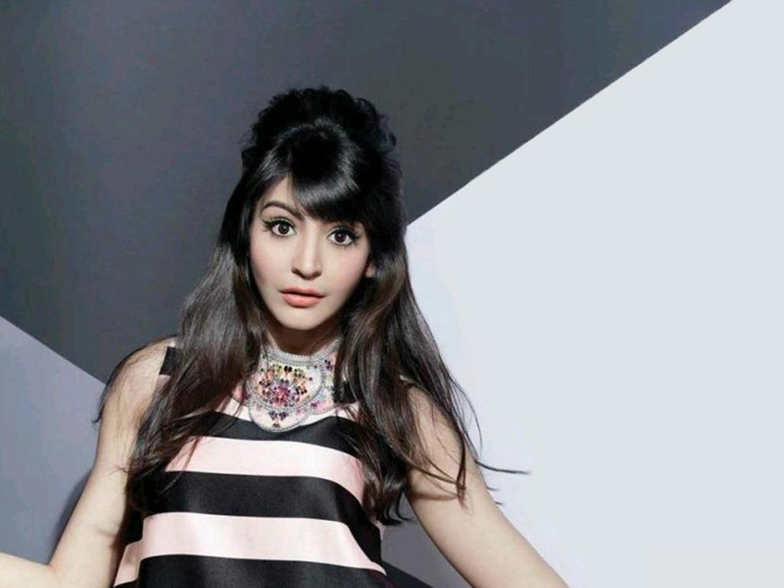 Anushka Sharma Wallpapers hot