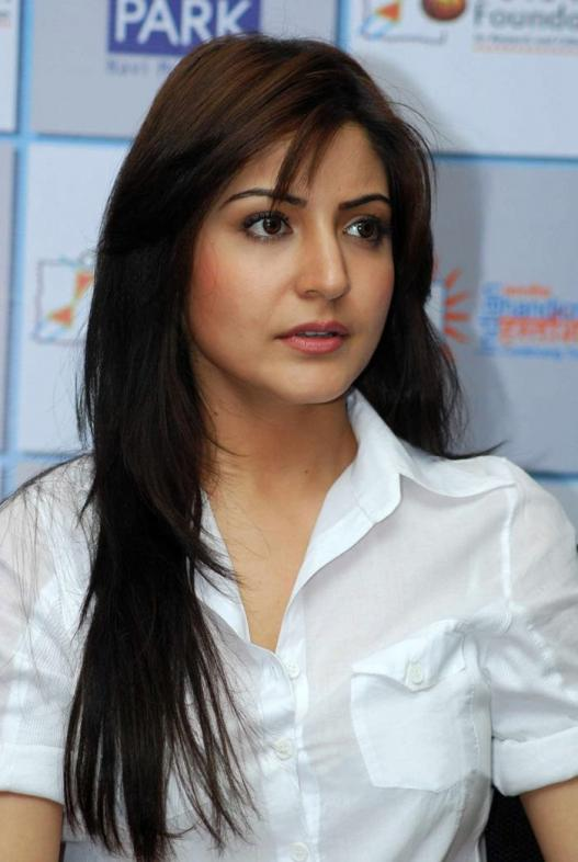 Anushka Sharma HD1