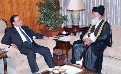 Moulana Mohammad Khan Sherani with Zardari