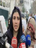 Aaisha Gulalai Answering to Media
