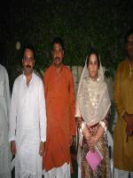 Khalida Mansoor group photo