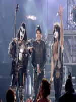 Adam Lambert at American Idol Finala 2011