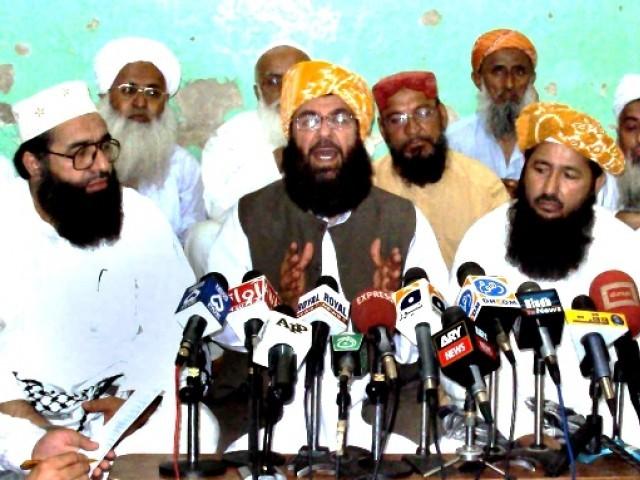 Molana Abdul Ghafoor Haideri Talks to Media