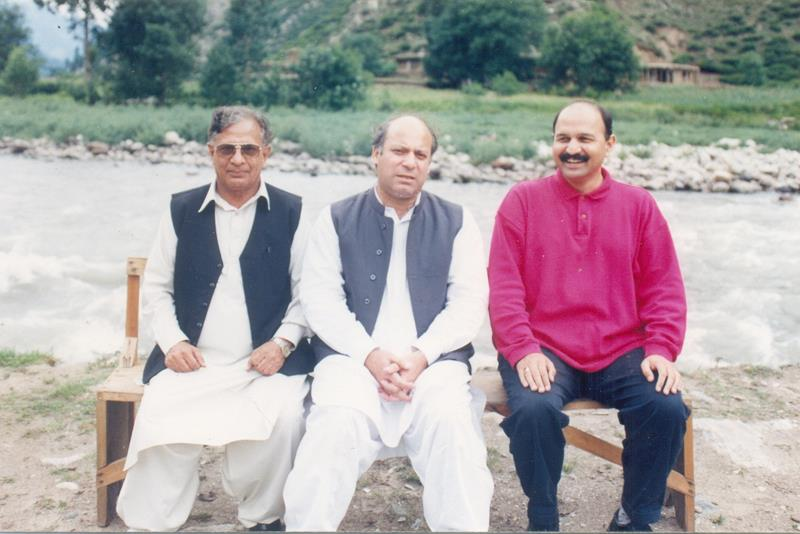 Mushahid Hussain Syed With Nawaz Sharif