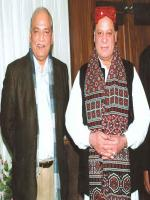 Mushahid Ullah Khan with Nawaz Sharif