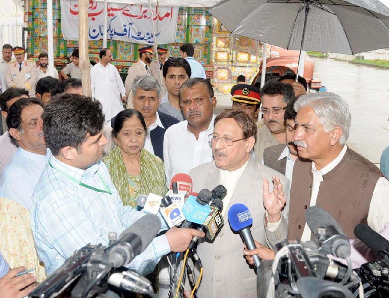 Saeeda Iqbal with Senators