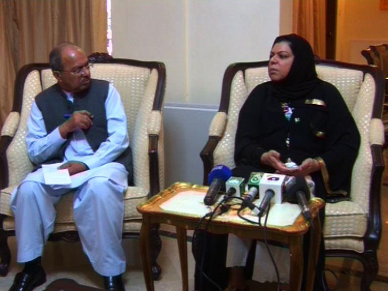 Sehar Kamran Talks to Media