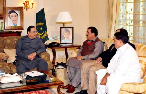Shahi Syed Meets with Zardari