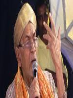 P. B. Sreenivas performing