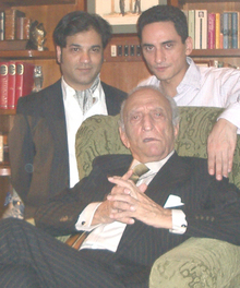Sahabzada Yaqub Khan with Family