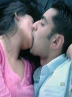 Hina Rabbani And Bilawal Butto Kissing Seen