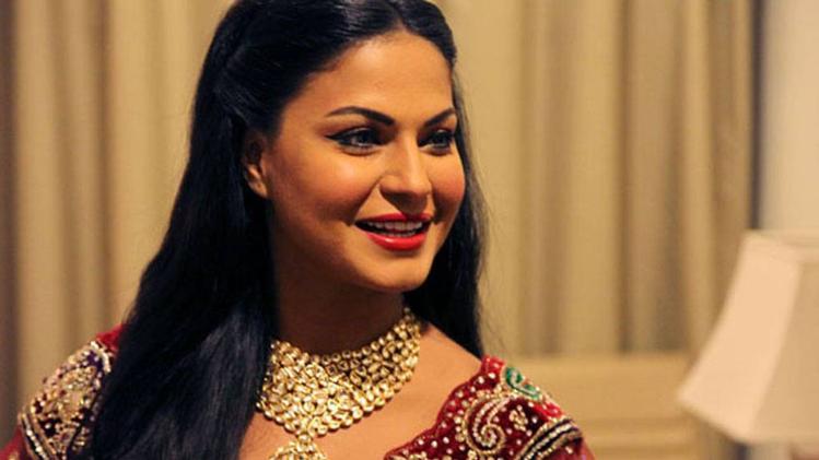 veena malik got divorced from husband