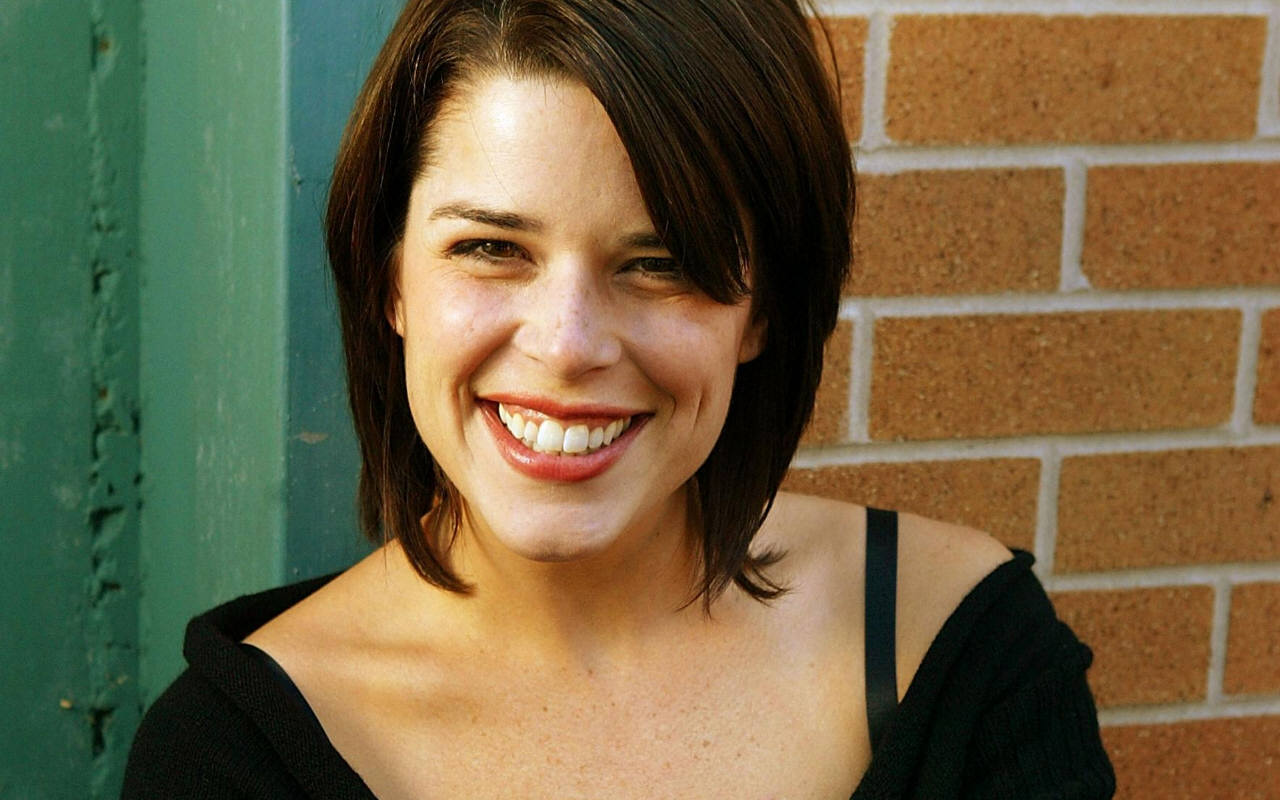 Neve Campbell in Hairshirt Film
