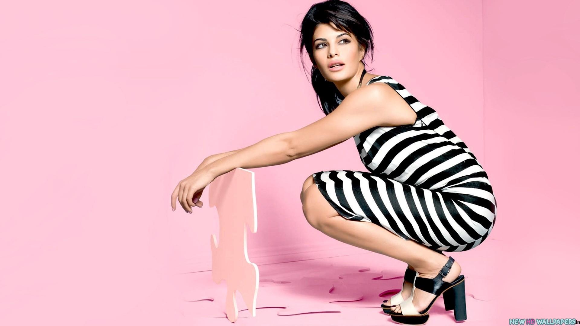 Jacqueline Fernandez hot wallpaper
