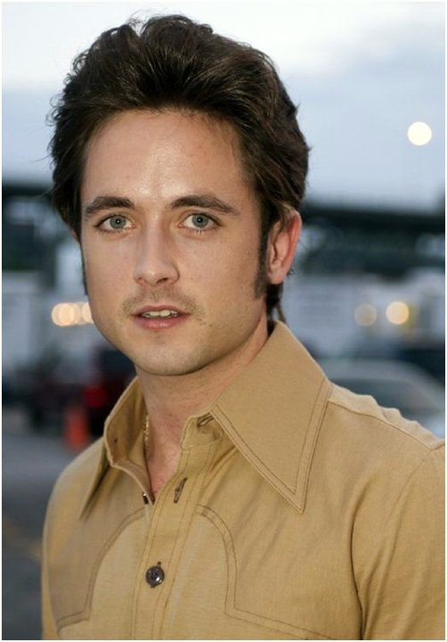 Justin Chatwin Shameless