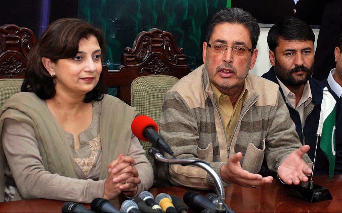 Fozia Wahab with CM GB