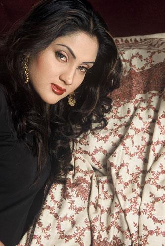 Fiza Ali Photos
