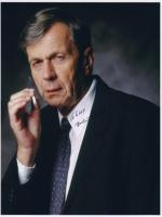 William B. Davis in Motel de Gracia