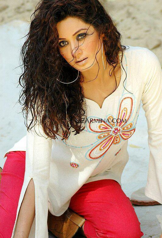 Jiya Ali Pakistani Female Model