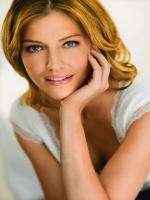 Tricia Helfer Wallpaper