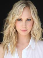 Candice Accola in Juno