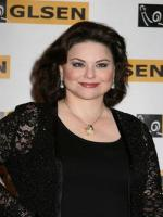 Delta Burke in  Designing Women