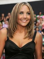Amanda Bynes in Figure It Out