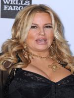 Jennifer Coolidge in 2 Broke Girls