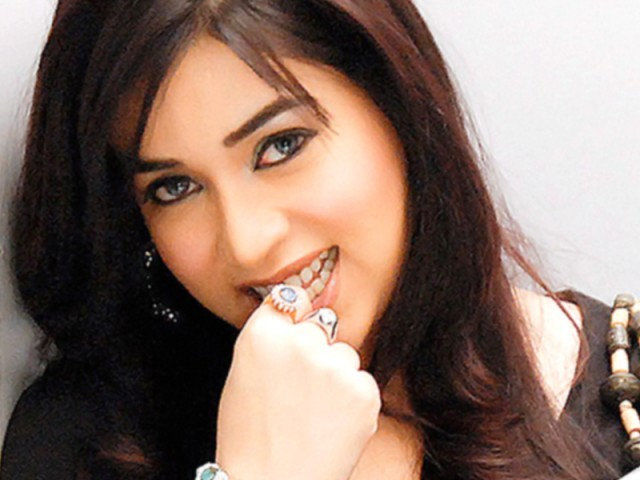 Komal Rizvi Actress