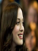 Kat Dennings in  2 Broke Girls
