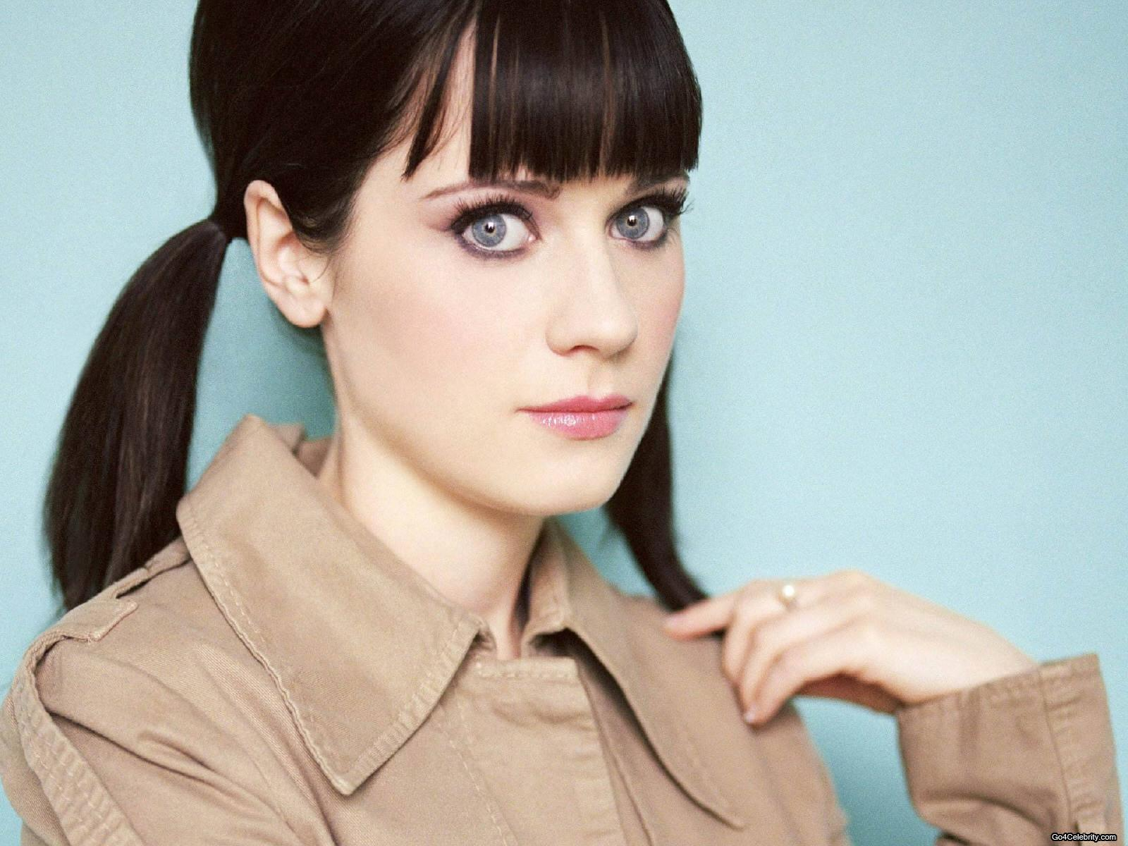 Zooey Deschanel in  Bridge to Terabithia