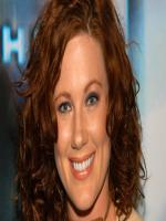 Elisa Donovan in A Golden Christmas