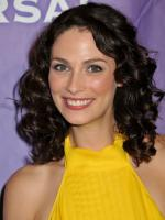 Joanne Kelly Photo