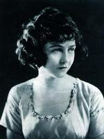 Dorothy Gish in The Bright Shawl