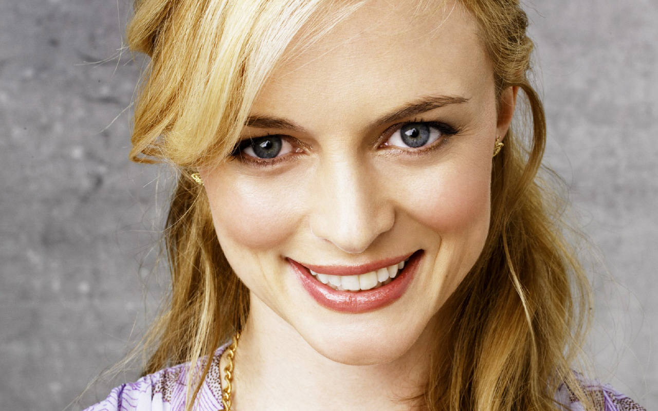 Heather Graham in  Six Degrees of Separation