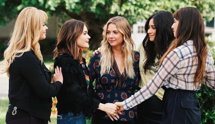 Lucy Hale Group Photo
