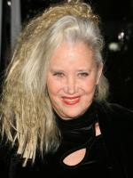 Sally Kirkland in Crack in the Mirror