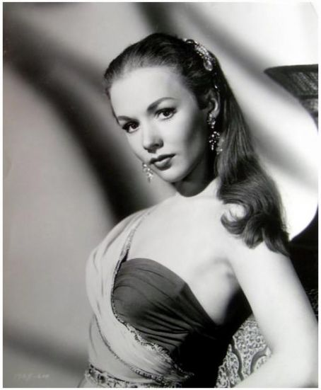 Piper Laurie in  Children of a Lesser God