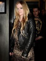 Avril Lavigne pregnant picture