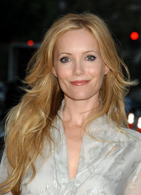 celebs women actress leslie mann.